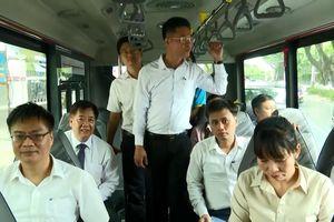 Lãnh đạo Đà Nẵng mở hàng xe buýt trợ giá mới
