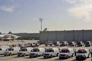Nóng: Israel huy động 100 xe cứu thương, 'nín thở' chờ máy bay bị nổ lốp hạ cánh