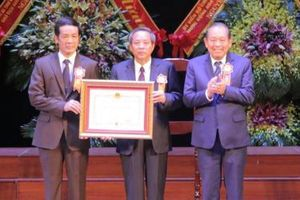 Quảng Bình đón nhận Huân chương Độc lập hạng Nhất nhân kỷ niệm 30 năm tái lập tỉnh