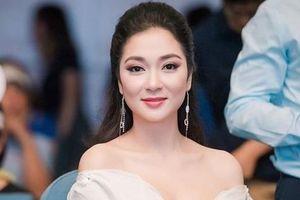Hoa hậu Nguyễn Thị Huyền tiết lộ hậu trường sau khi đăng quang cách đây 15 năm