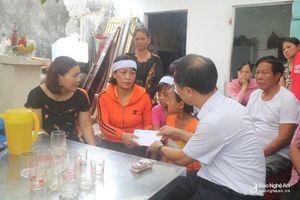 Ủy ban MTTQ tỉnh Nghệ An thăm hỏi các gia đình thuyền viên gặp nạn tại Quỳnh Lưu