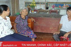 Liên thế hệ giúp nhau ở Hà Tĩnh - người trẻ hăng say, người già phấn khởi
