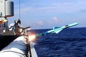 Trung Quốc vừa bắn thử tên lửa, tập trận giữa Hoàng Sa và Trường Sa