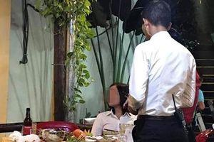 Góc 'tìm bạn trai lạc': Chàng trai mới quen 'bỏ bom' cô gái cùng với hóa đơn 2 triệu đồng bị dân mạng 'truy lùng'