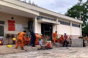 Đà Nẵng: Nắng nóng kéo dài gây ra sự cố trạm điện