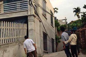 Hà Nội: 'Hố tử thần' bất ngờ xuất hiện, ngôi nhà 2 tầng bị đổ nghiêng