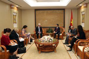 Phó Thủ tướng Vũ Đức Đam tiếp Đại sứ Australia