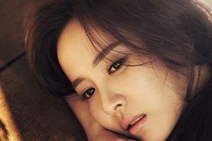 Người đẹp Jo Yeo Jeong: Nổi danh từ cảnh nóng, bị bỏ rơi vì chuyên 'cởi đồ'