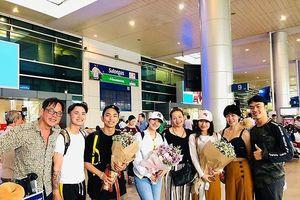 Khánh Thi - Phan Hiển bị lừa tiền, gặp sự cố khi đi nước ngoài