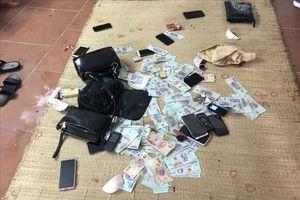 Triệt phá sới bạc lớn tại Quảng Ninh, bắt giữ trên 20 đối tượng