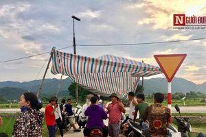 Dân dựng bạt chặn xe rác, chính quyền 'tức tốc' lo đền bù