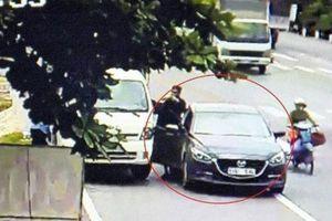 Bến Tre: 2 người đàn ông ngoại quốc 'chặn đầu' xe tải đổi tiền lẻ… rồi cướp tài sản