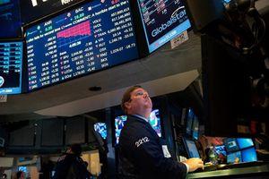 Sau thương chiến, giới đầu tư chờ đợi Fed