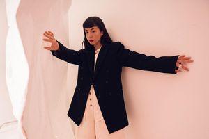 Stylist Yen lăng xê phong cách tối giản trong bộ ảnh mới