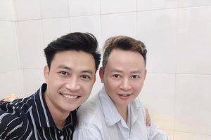 Bệnh lạ khiến diễn viên Tùng Dương co giật, mất ý thức phải cấp cứu lúc nửa đêm