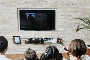 Dành nhiều thời gian xem ti vi có nguy cơ tử vong cao
