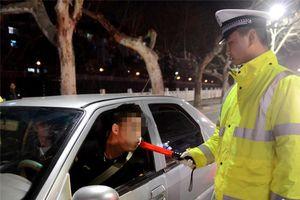 Đài Loan xử phạt cả người ngồi cùng xe với tài xế say rượu