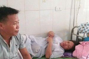 Vụ trẻ sơ sinh tử vong với vết đứt trên cổ: 'Đang đỡ đẻ không ai lại đi nghe tim thai'