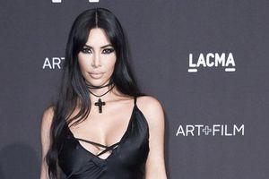 Người Nhật Bản phẫn nộ về việc Kim Kardashian lấy tên 'Kimono' làm nhãn hiệu nội y