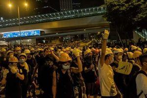 Trung Quốc yêu cầu Anh 'chớ nhúng tay' vào vấn đề Hong Kong