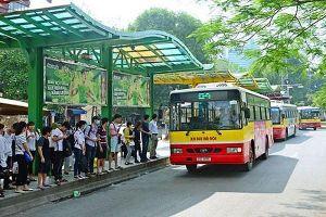 Hà Nội: Xây dựng cơ chế khuyến khích người dân sử dụng phương tiện công cộng, hạn chế xe cá nhân