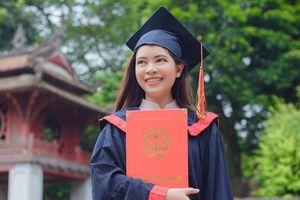 9X Thái Lan tốt nghiệp thủ khoa ĐH Khoa học Xã hội và Nhân văn Hà Nội