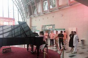 Tiếng đàn piano ở Bệnh viện Trung ương Quân đội 108