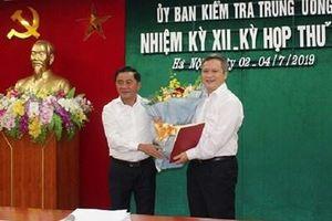 Ban Bí thư luân chuyển, chỉ định Phó Bí thư Tỉnh ủy Hà Tĩnh