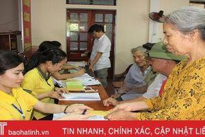 Hà Tĩnh chi trả lương hưu và trợ cấp theo mức mới cho hơn 70.000 người