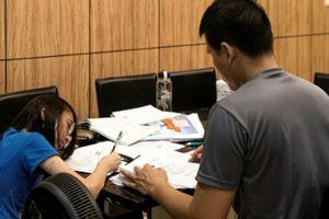 Cái giá phải trả đằng sau thành tích học tập xuất sắc của trẻ em Singapore