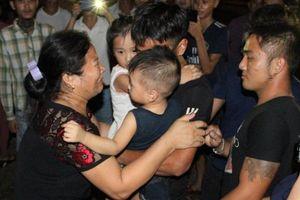 Nghệ An: Ngư dân sống sót trở về quay lại vị tìm kiếm 9 bạn thuyền đang mất tích