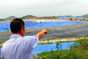Người dân Nam Sơn 'mở đường' vào bãi rác sau gần 1 tuần chặn xe