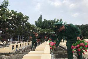 Tuổi trẻ tỉnh An Giang tưởng nhớ, tri ân các anh hùng liệt sĩ