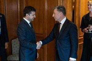 Ukraine thảo luận giải pháp hòa bình tại Donbass với Mỹ, mở rộng thương mại với Canada