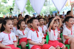 Việt Nam đối mặt 'gánh nặng kép' về dinh dưỡng cho trẻ em