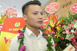 Quang Hải là một trong số 12 cá nhân được tôn vinh trong chương trình Vinh quang Việt Nam' năm 2019