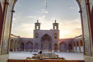 Những linh địa nên đến trong đời: Thánh đường Nasir ol Molk