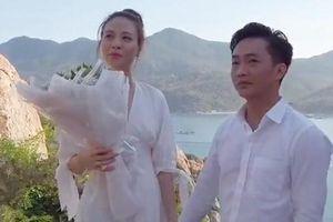Đàm Thu Trang bật khóc khi được Cường Đô La cầu hôn