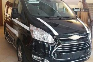 Ford Tourneo - MPV 7 chỗ lộ diện thực tế ở Việt Nam