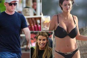 Nhiều tiết lộ gây sốc về Ronaldo, Rio Ferdinand, Rooney trong cuốn tự truyện 'Thế giới đàn ông của Helen Wood'