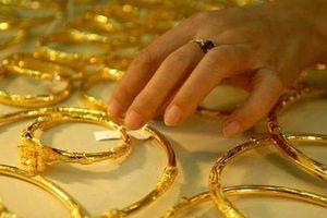 Báo cáo việc làm của Mỹ 'nhấn chìm' giá vàng
