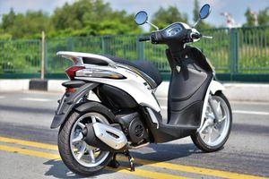 Có 50 triệu, tôi nên mua Piaggio Liberty One hay Yamaha Grande?
