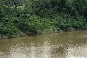 Tìm thấy thi thể bé gái 7 tuổi bị mất tích khi tắm sông ở Nghệ An