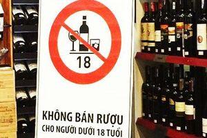 Cơ sở bán rượu, bia phải dán thông báo không bán cho người dưới 18 tuổi