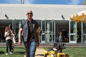 5 bài học đắt giá từ sự thành công của tập đoàn bán lẻ Amazon