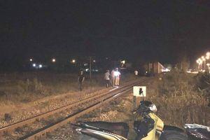 Va chạm với tàu hỏa, nam thanh niên thiệt mạng trong đêm