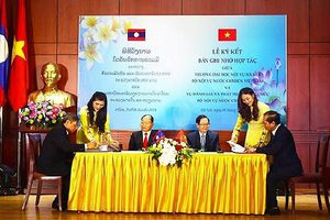 Ngành Nội vụ hai nước Việt Nam - Lào hợp tác về đào tạo nguồn cán bộ, công chức
