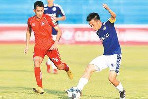 Hà Nội FC vươn lên dẫn đầu, Than Quảng Ninh tạm xếp thứ ba