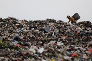 Indonesia sẽ trả lại hơn 210 tấn rác thải cho Úc