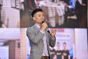 Startup Việt: Dám bước trên vai 'người khổng lồ' để bứt phá, thành công